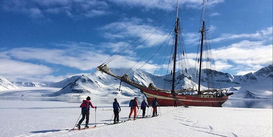 Skiing in Spitsbergen