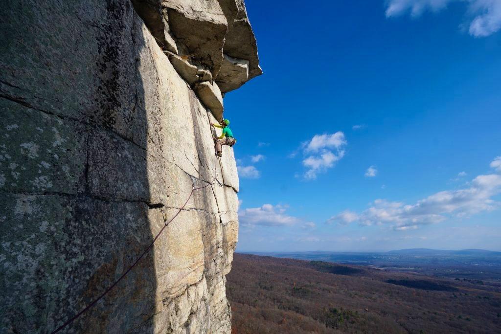 https://www.explore-share.com/mountain-guide/jayson-simons-jones/