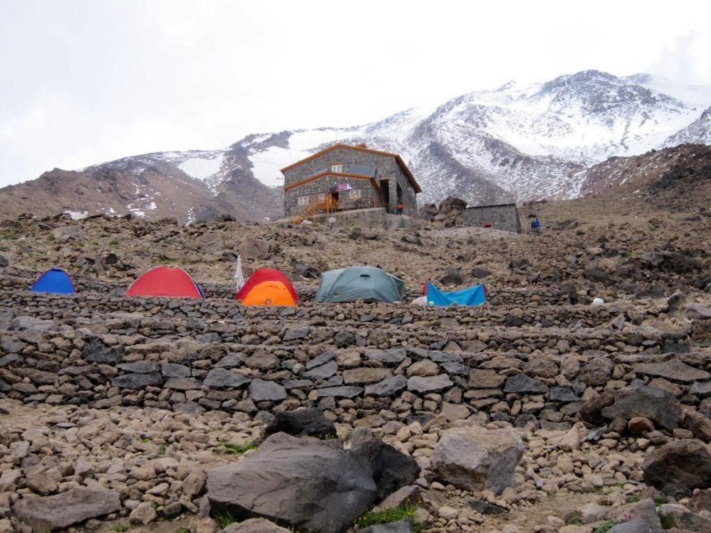 Trekking Mount Damavand